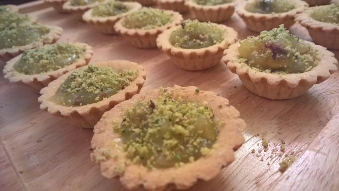 Lemon curd & pistachio mini tarts